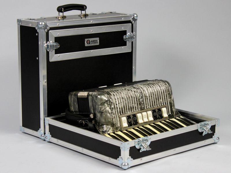 Case na akordeon